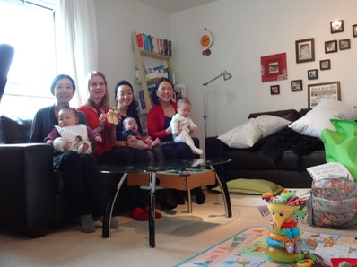 Baby reflexology workshop group